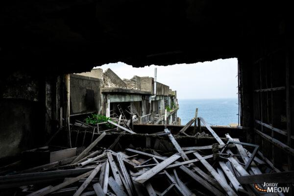 abandoned, apartment, gunkanjima, haikyo, japan, japanese, kyushu, nagasaki, on-sale, ruin, urban exploration, urbex